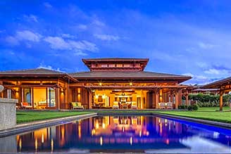 Maui homes with pool