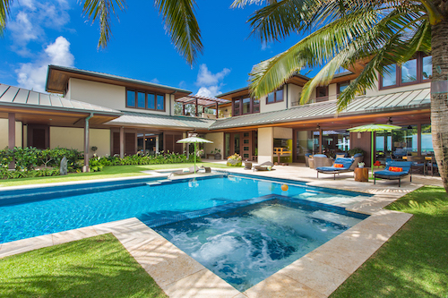 Oahu home with pool
